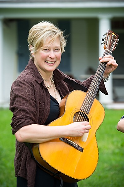 Kellie Allen Picture guitar.png
