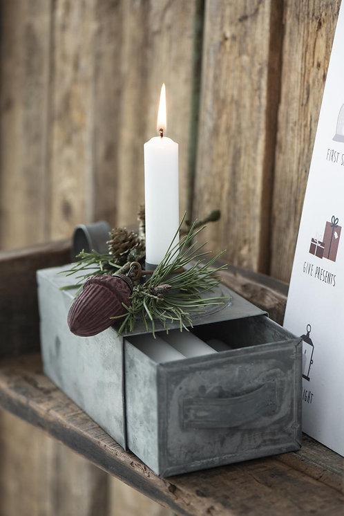 Kerzenhalter mit Box