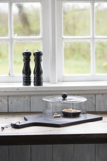 Salzmühle oder Pfeffermühle, schwarz