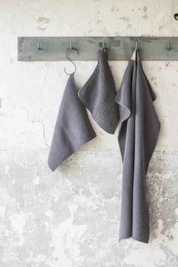 dunkel grauer Topflappen, gestrickt