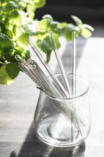 Set: 8 Strohhalme aus Glas, klar, rosa oder grün