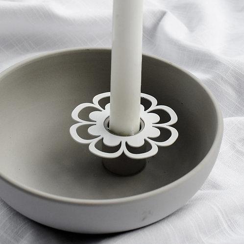 Kerzenring Ljusdala, Blume, weiß, Kerzenmanschette, Kerzendeko