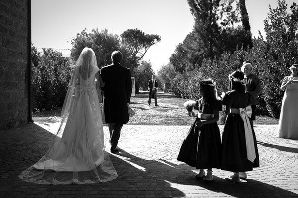 46-matrimono-sposa-abito-velo.jpg