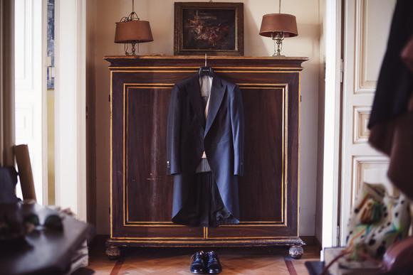01-abito-scarpe-preparazione-sposo.jpg