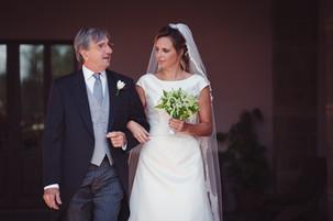 47-matrimono-sposa-bouquet-padre.jpg