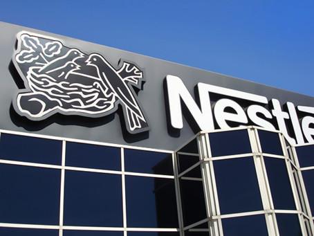 Η Nestlé αποσύρει τα πλαστικά καλαμάκια από τα προϊόντα της