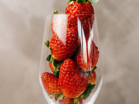 Strawberry Flight