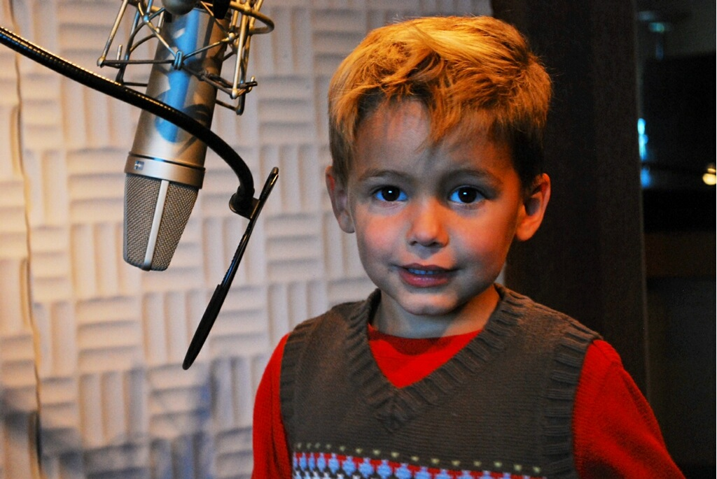 Kellan doing voice over for making m