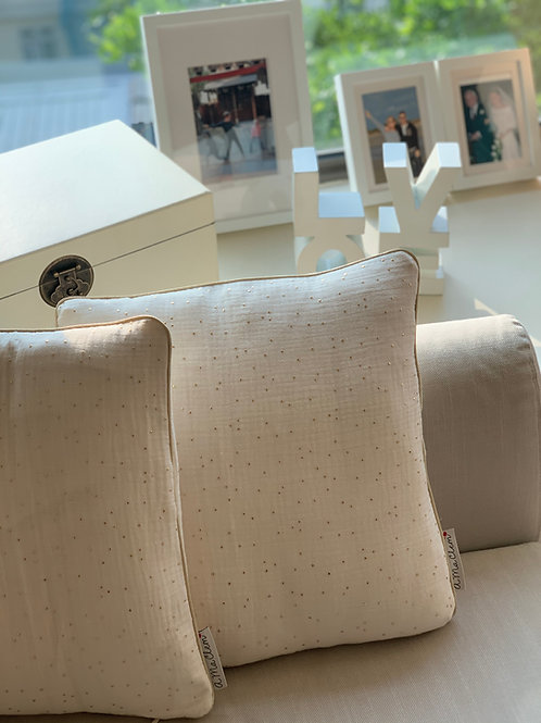 Cushion Double Gauze with Golden Dots