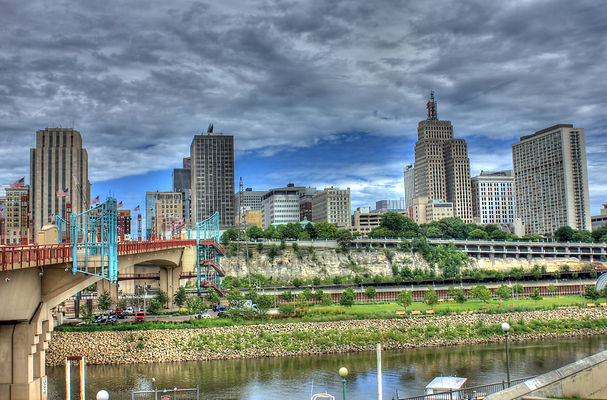 Cityscape of Twin Cities area with bridges