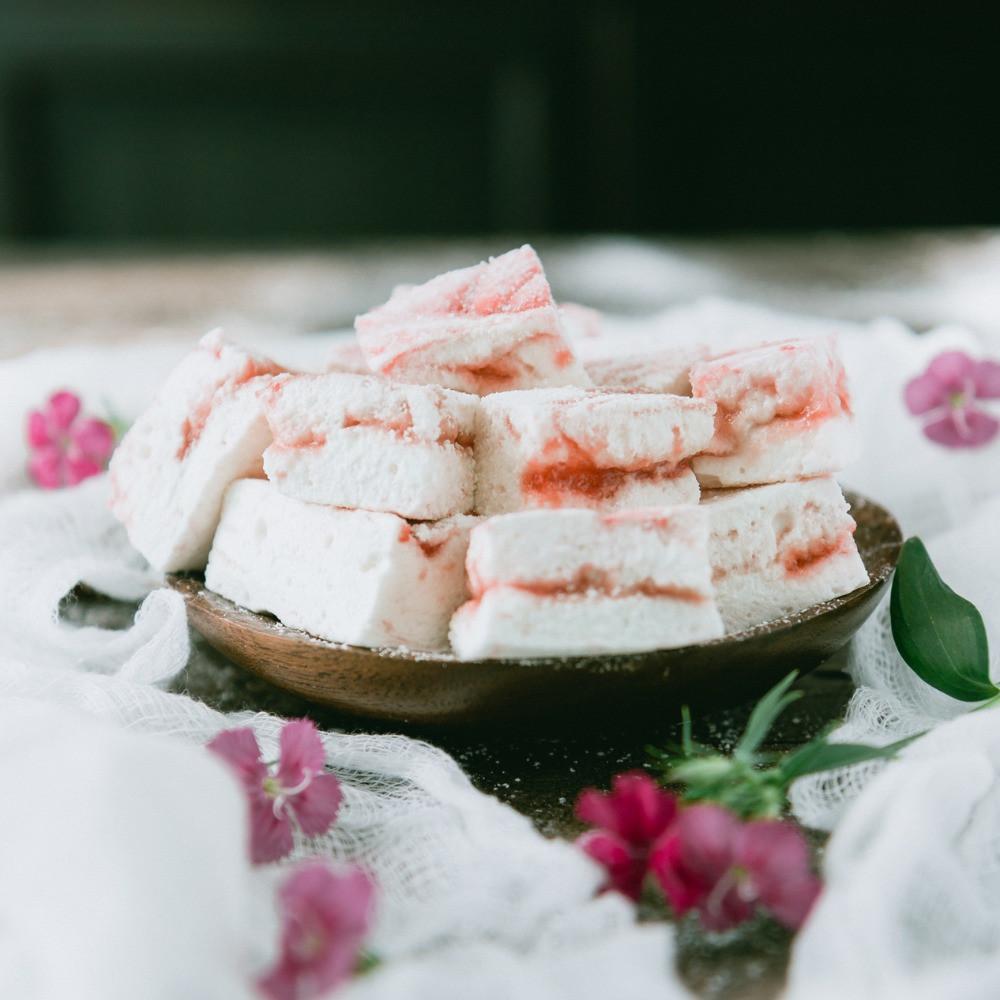 strawberry amaretto marshmallows