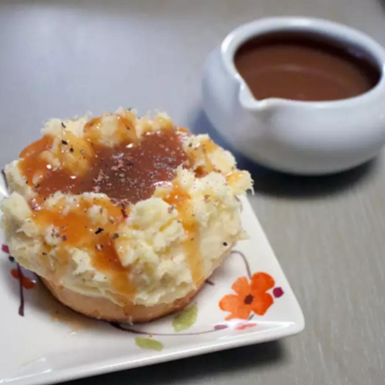 Cheesecake mashed potatoes