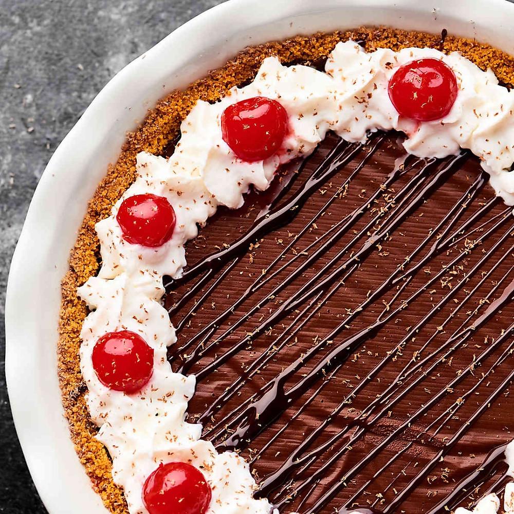 Red Wine Chocolate Pudding Pie