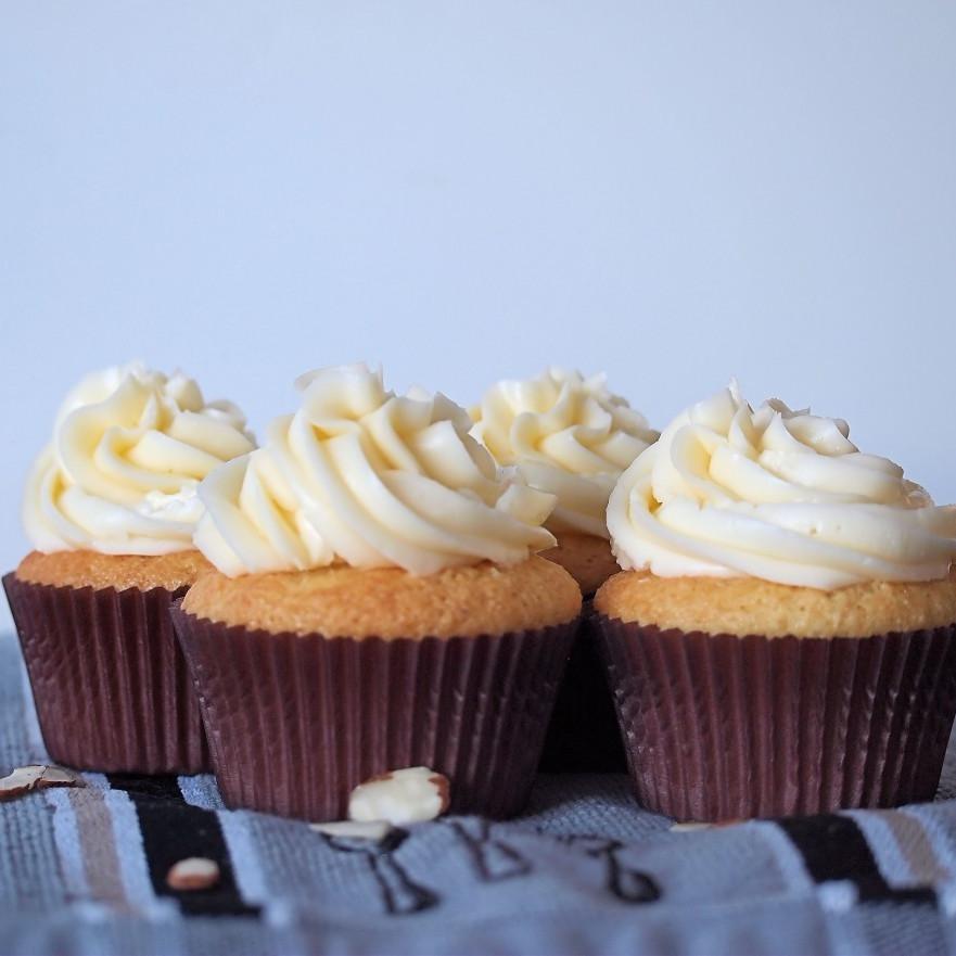 Amaretto Cupcakes