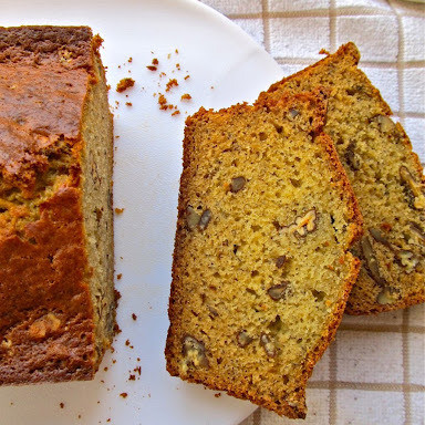 5 Boozy Quick Breads for a Quick Buzz