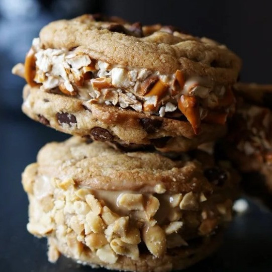Beer Ice Cream and Chocolate Chip Cookie Sandwiches