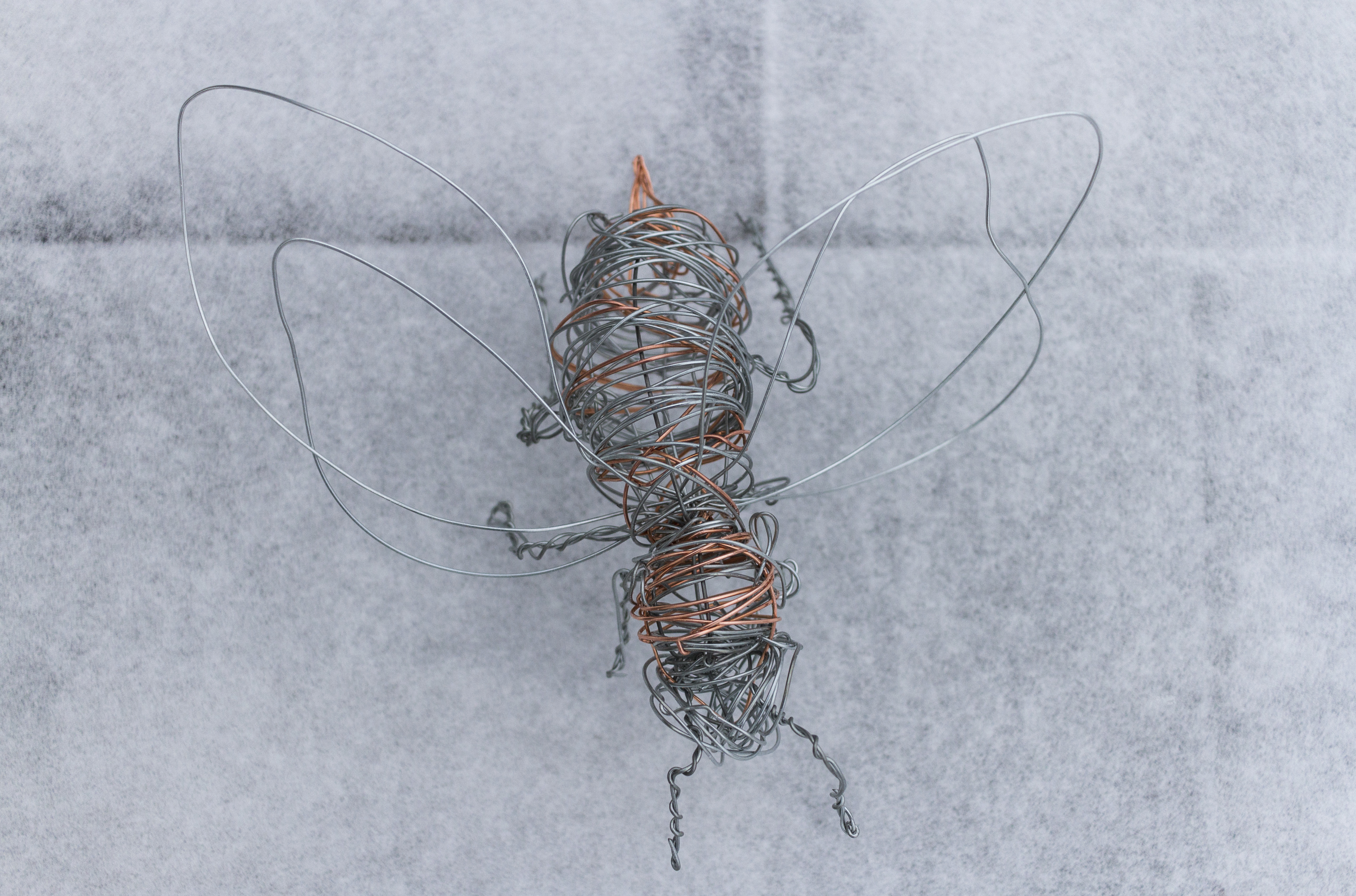 Wire Sculpture Bee_2