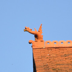 Dragon on the rooftop of Boots, High Street
