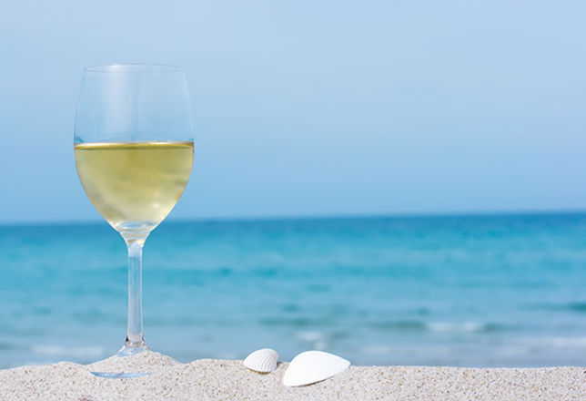 Wine-on-the-Beach.jpg