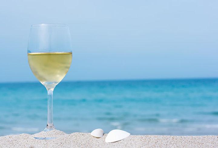 Wine-on-the-Beach.jpg