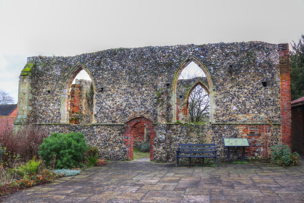 Bowthorpe St Michael-old church