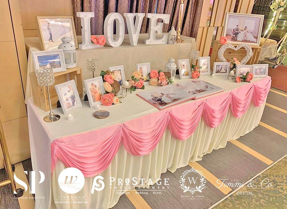 white & pink theme