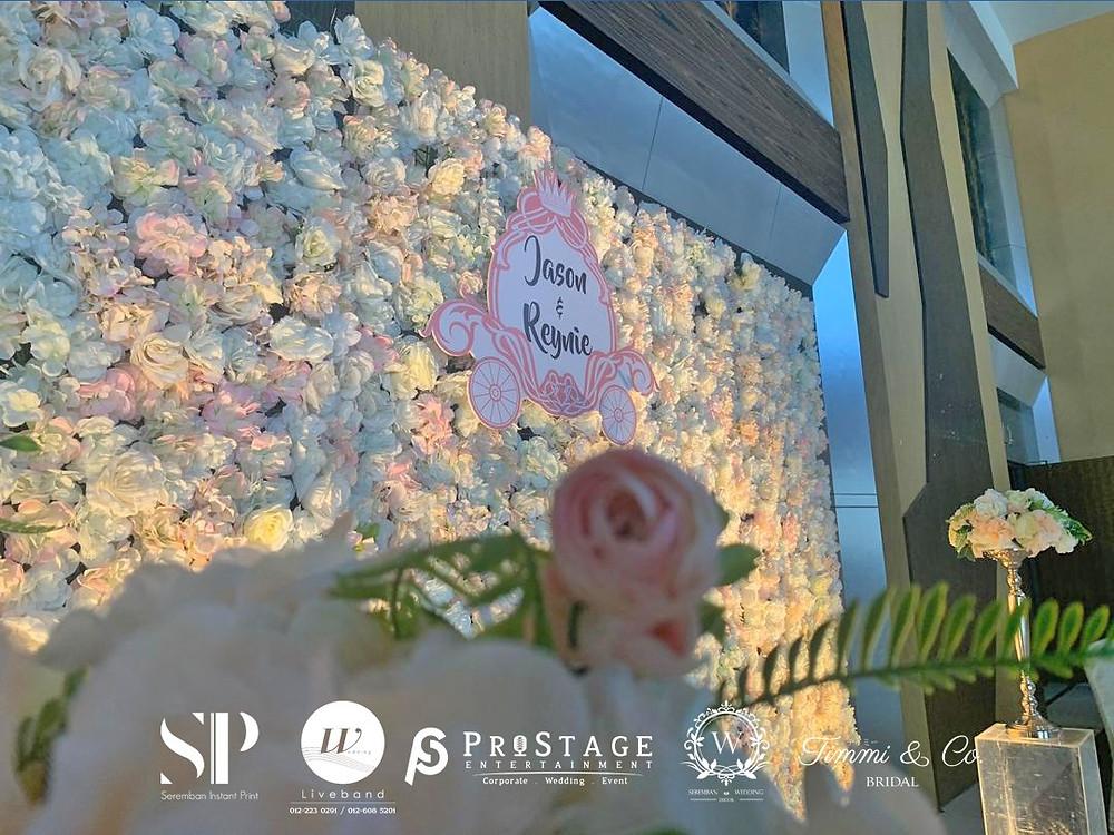 flower theme photobooth