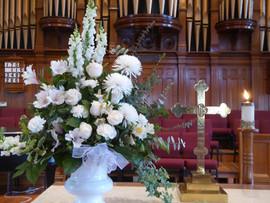 Memorial_flowers.jpg