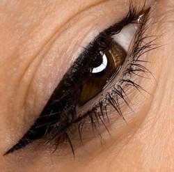 Delineado ojo de gata