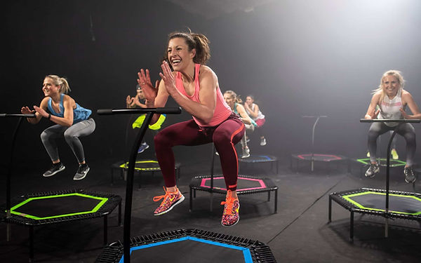 Jumping-Fitness-Party.jpg