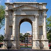 arco-dei-gavi_M.L.Vitruvius.jpg