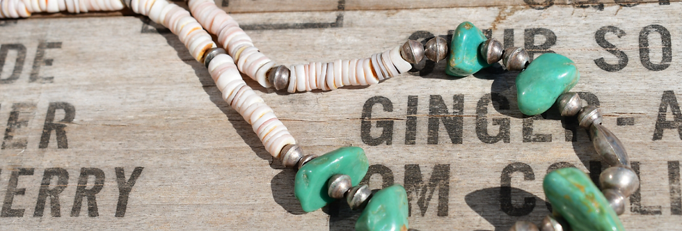 VINTAGE BENCH BEAD NECKLACE