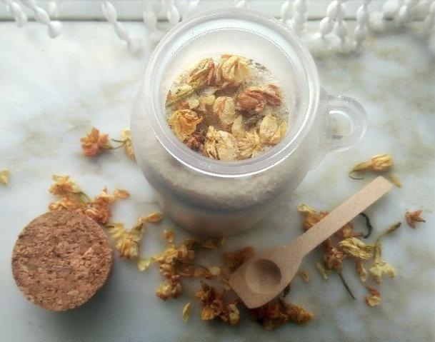 Ylang Ylang, Jasmine and Japanese Sea Salt Foot Soak