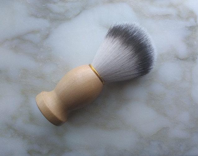 Light Wood Shaving Synthetic Badger Brush