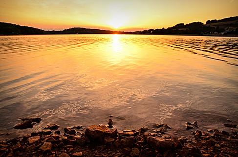Coucher de soleil - Lac de Pannecière