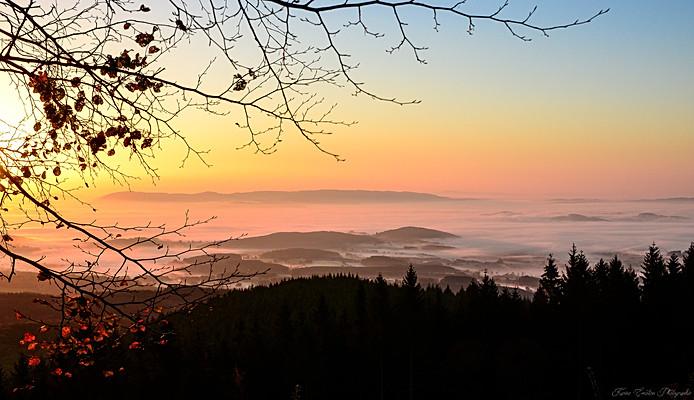 7- Lever de soleil au Mont Beuvray