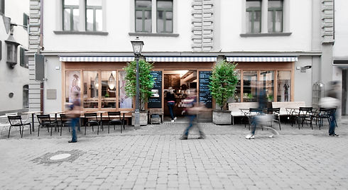 cafe_aussen_1.jpg