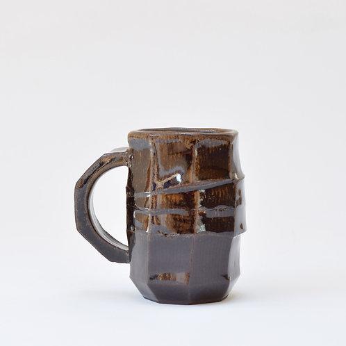 Faceted mug no.1