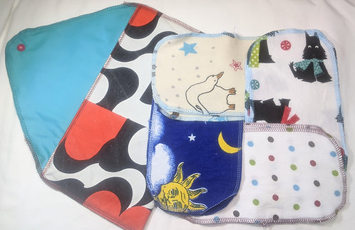 Baby Wipes kit with black/white/red case