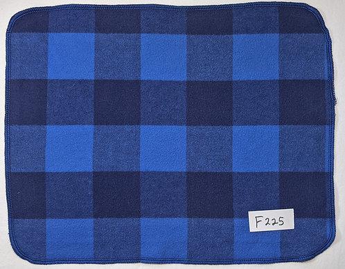 F225 - Roll of 32 towels
