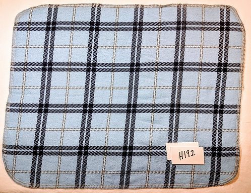 H192 - Roll of 16 towels