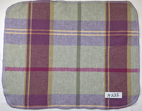 H235 - Roll of 16 towels