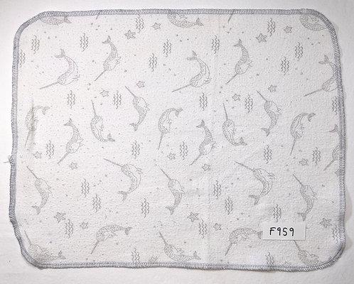 F959 - Roll of 32 towels