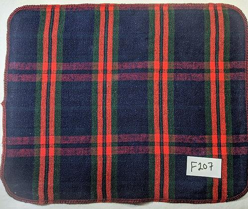 F207 - Roll of 32 Towels