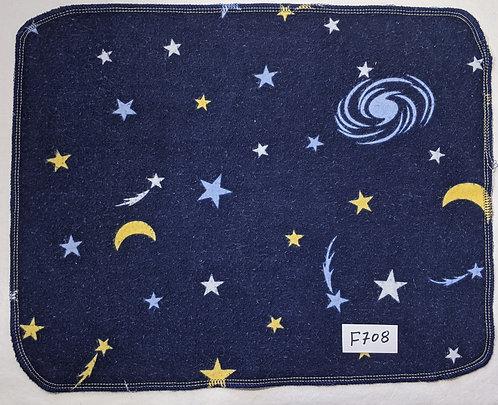 F708 - Roll of 32 towels