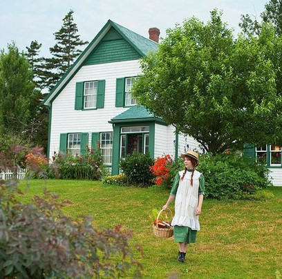 Green Gables & North Shore Tour