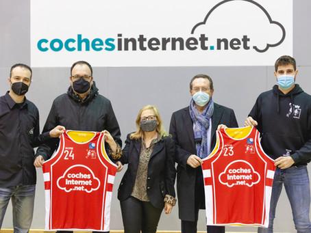 Presentació del Cochesinternet.net Alpicat després de l'esperat debut a la lliga EBA