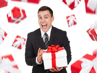 8 ТРЕНДОВЫХ ИДЕЙ корпоративных подарков к Новому году