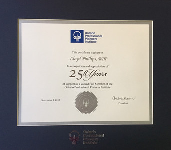 OPPI Recognition of 25 Years presented to Lloyd Phillips