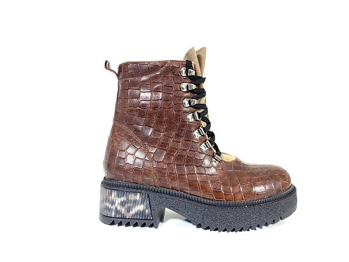 20491 BROWN CROCO